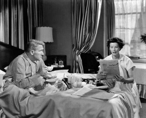 Справочник хорошей жены: жуткие правила, которым следовали домохозяйки 50-х годов