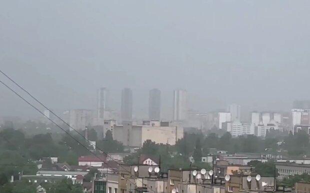 Пилова буря у Києві, кадр з відео