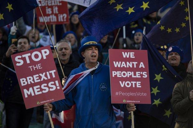 Евросоюз потерял миллиардное состояние из-за разрыва с Великобританией: гасить долги придется всем
