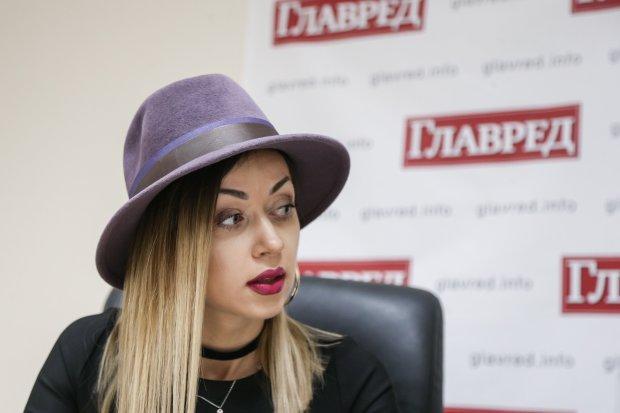 Валевская покорила Каннский кинофестиваль роскошным бюстом: у Ди Каприо и Питта челюсти отпали