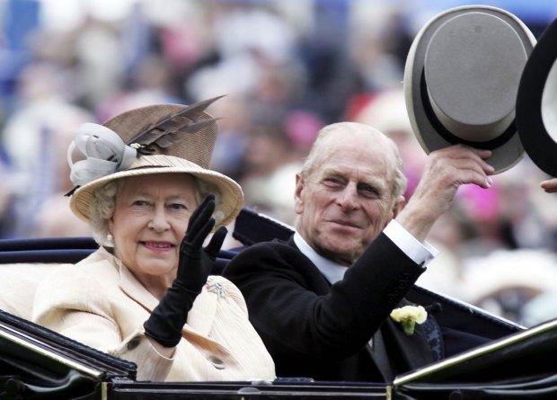 Неймовірне життя Єлизавети II показав Instagram, легенди, які житимуть вічно: унікальна підбірка