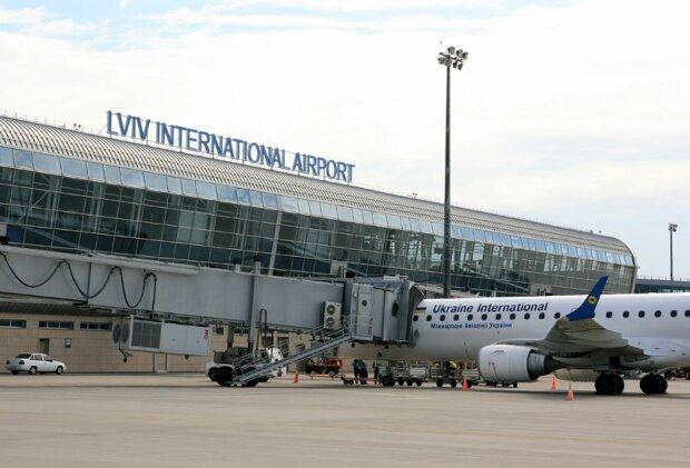 """Садовый """"приберет к рукам"""" львовский аэропорт: """"Мы готовы"""""""