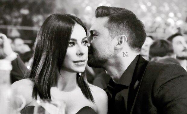 """""""Одружіться вже!"""": Лорак заінтригувала фото з російським серцеїдом, очі палають"""