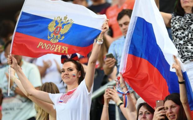 За вхід в РФ потрібно платити: подарунки кримчанам порвали мережу