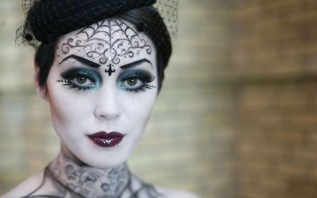 Как сделать грим для Хэллоуина: несколько интересных идей