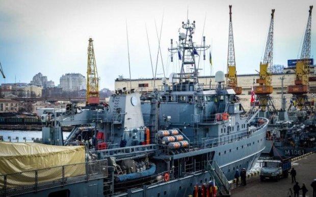Китайский асфальтный завод приплыл в Украину