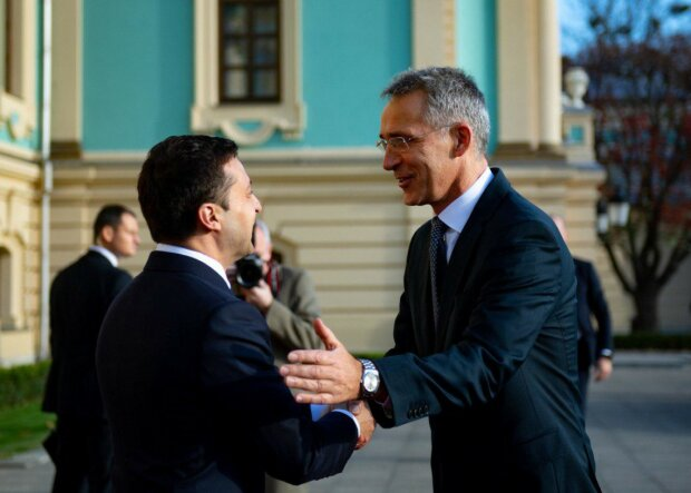 """Зеленський відзвітував перед Столтенбергом, до НАТО рукою подати: """"Шість із семи Україна вже виконала"""""""