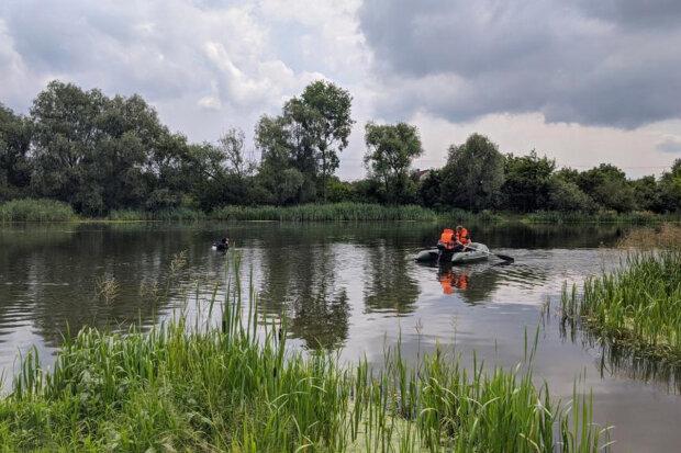 У Хмельницькому на Івана Купала потонув чоловік - пішов на дно, як вінок