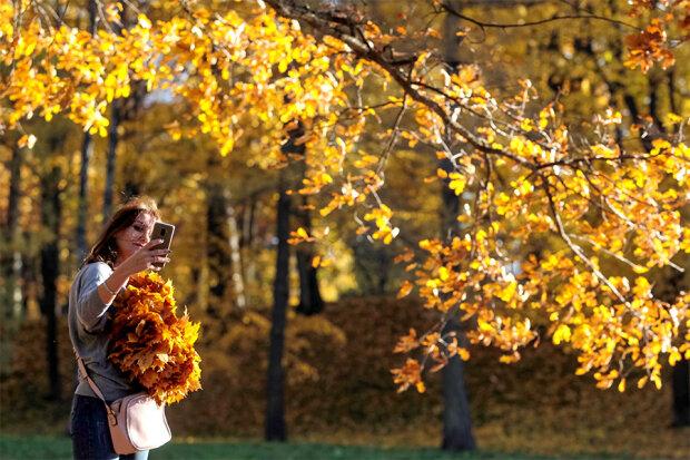 Погода на кінець тижня: синоптики прогнозують справжнє літо серед осені
