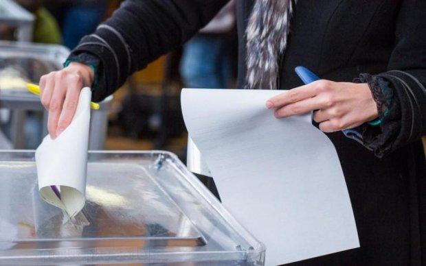 Порошенко анонсировал референдум: о чем спросят украинцев