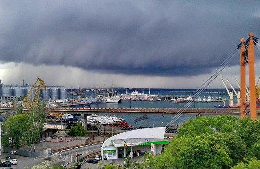 Погода в Одесі на 9 серпня: купальники та вудки доведеться сховати