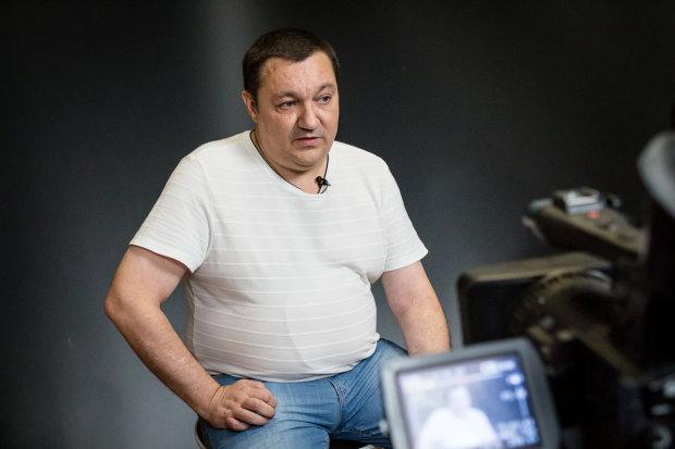 Консьєржка будинку Тимчука розповіла про жінку, яка викликала поліцію: перші подробиці