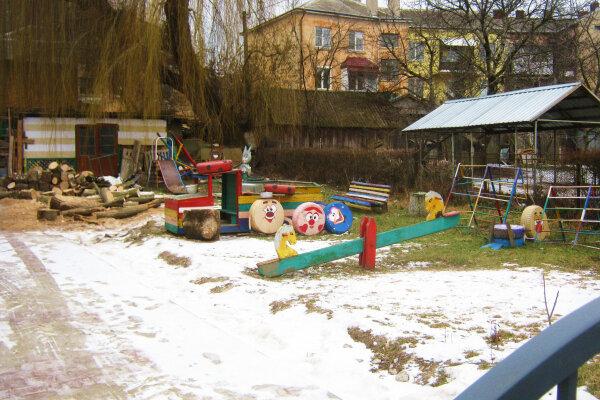"""Дитсадок на Тернопільщині став для малечі камерою жахів: """"Сморід, темінь і паразити"""""""