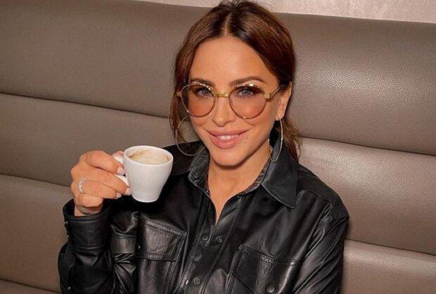 """Ани Лорак заинтриговала фанатов после поездки в Киев: """"Будет бомба"""""""