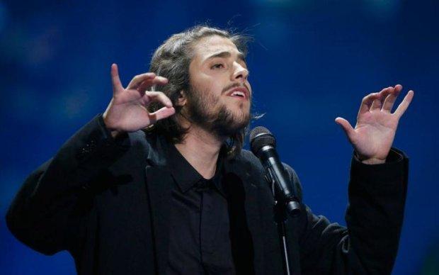 Победитель Евровидения попал в реанимацию