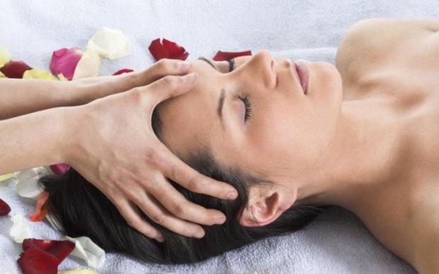 П'ять точок молодості: як повернути красу за допомогою масажу