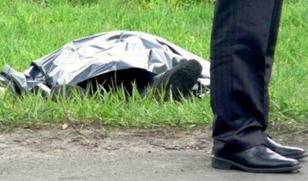Тіло 16-річного харків'янина виявили у дворі будинку