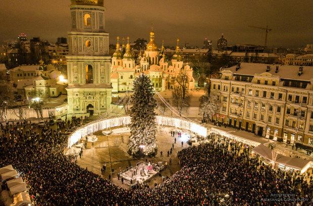 Новий рік 2019 у Києві: коли запалять головну ялинку країни і як вона буде виглядати