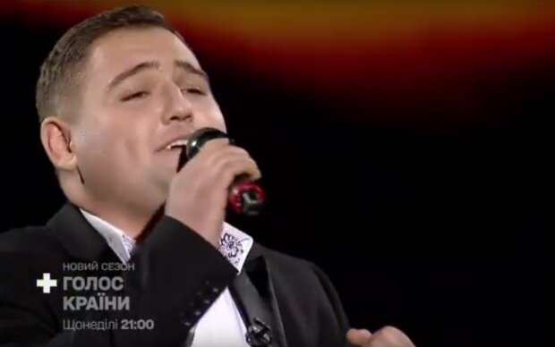 """Співак з Бессарабії Сергій Нейчев підкорюватиме """"Голос країн"""", скрін з відео"""