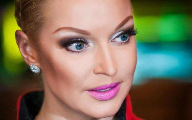 Ущербные и страшные: Волочкова поделилась любовью с фолловерами