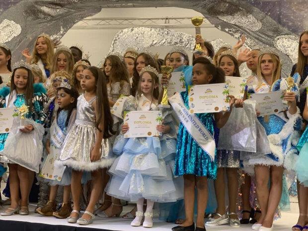 """Ось хто """"посуне"""" Джолі і Портман: юна франківчанка стала Мініміс Світу, пишається вся Україна"""