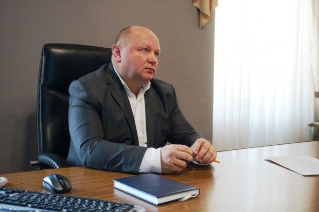 """Экс-секретарь Продан ошарашил черновчан, настоящий Скрудж Макдак: """"Горы денег"""""""