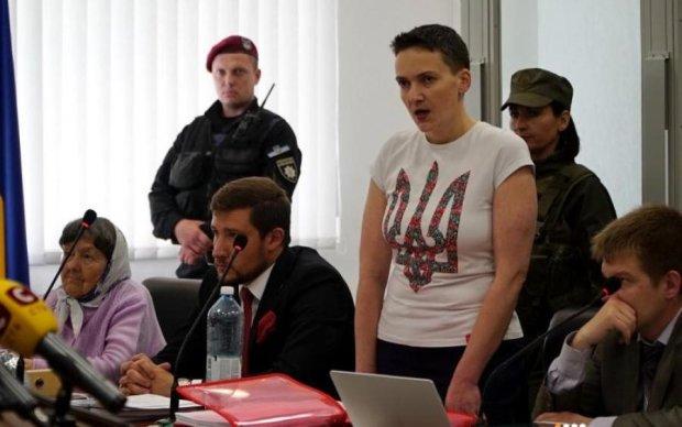 """""""Злиденна"""" Савченко пояснила, де взяла гроші на трьох адвокатів"""