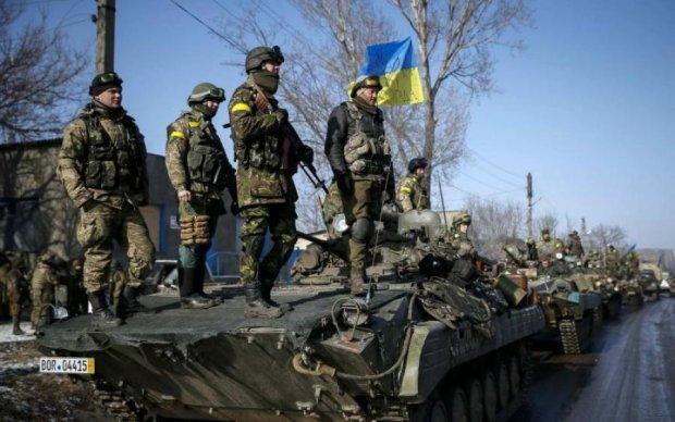 Доба в ООС: бойовики поливали вогнем позиції українських військових, є поранені