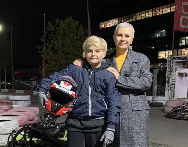 Алла Мазур с сыном, фото с Instagram