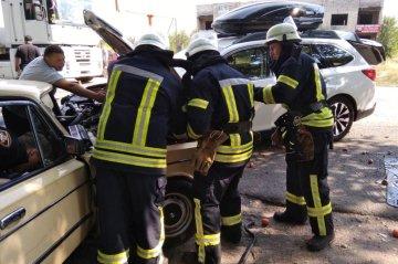 Бегуньи спасатели дтп видео потрогал пизду
