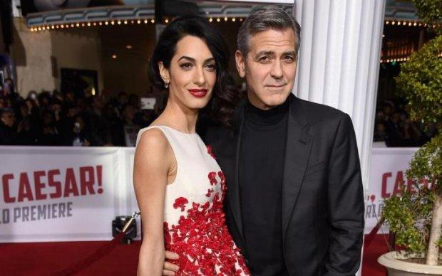 Дружину Клуні змусили обирати між дітьми та роботою