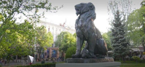 Скульптура Лева, фото: Голос
