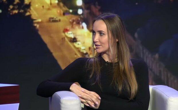 Бывшая беглого олигарха Онищенко Ризатдинова вышла из тени, чем занимается чемпионка с ярким прошлым