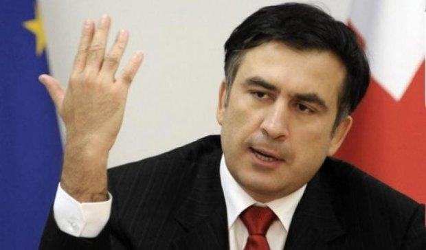Тбіліський суд залишив Саакашвілі під заочним арештом
