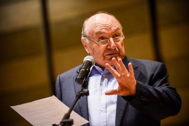 Жванецький відмовився від нагороди Путіна: тонко і по-одеськи послав агресора під три чорти