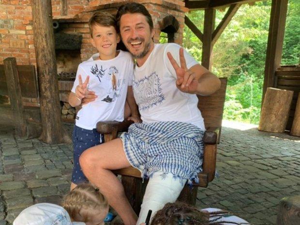"""Дружок Авакова напал на Притулу из-за сломанной ноги: """"Проблемы не только с логикой"""""""