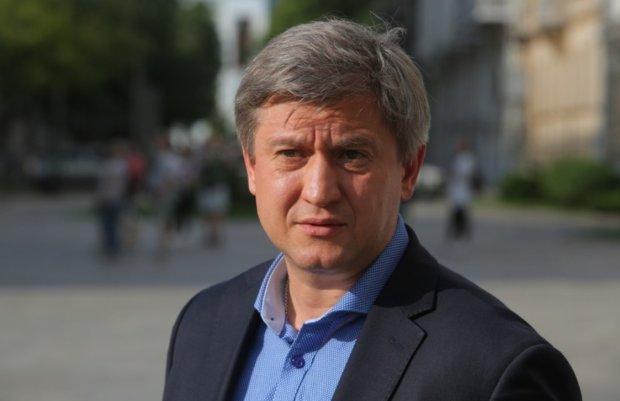 Боротьба з контрабандою в Україні: Данилюк виступив з несподіваною пропозицією