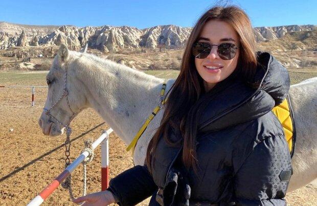 Девушка Мурата Лилия, instagram.com/__l_i_l_i_a___