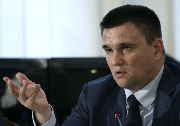 Клімкін розповів про брудні маніпуляції Росії в Криму: легалізувати окупацію