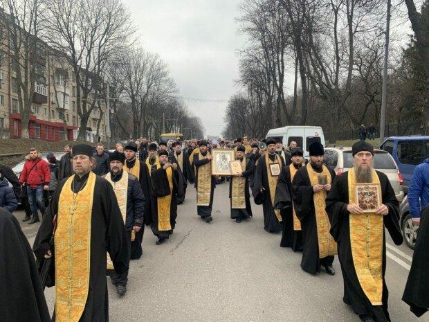Священник, фото: Вінницька єпархія