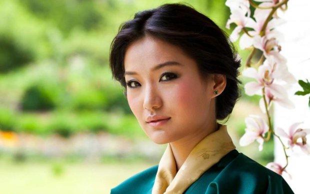 Самая молодая королева в мире: как живет тибетская Кейт Миддлтон