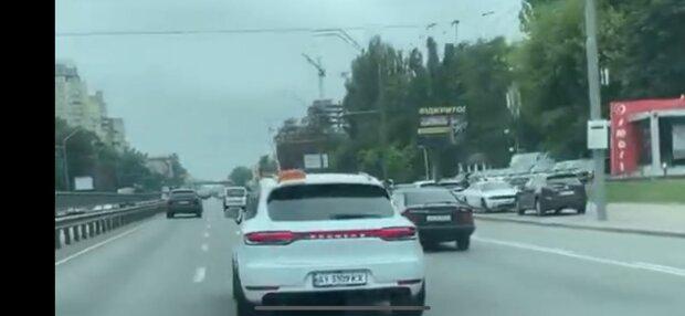 Киевлян катают на шикарном такси за 2 миллиона - почувствуй себя Рокфеллером