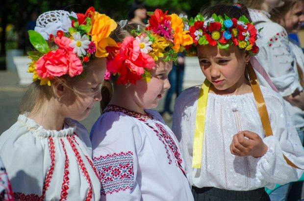 День вишиванки 2019: коли відзначають в Україні та головні традиції