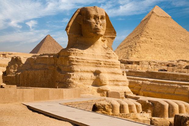 Безносі давньоєгипетські статуї: чому вихідців з того світу позбавили дихання