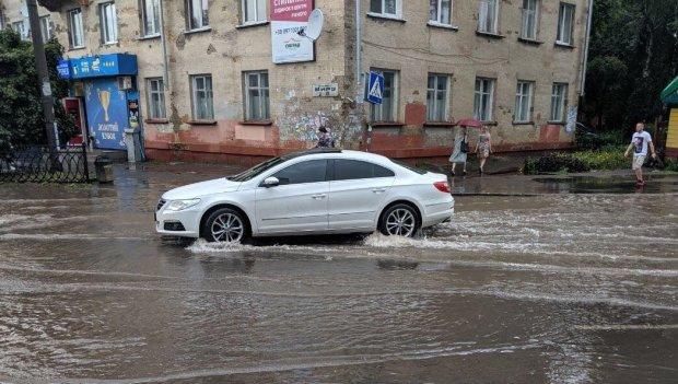 Библейский потоп в Украине: свирепая стихия потопила город буквально за несколько минут