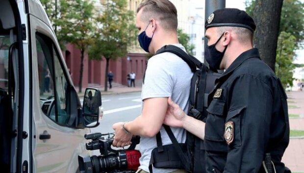 Після інтерв'ю Гордону Лукашенко ″загріб″ в буцегарню українських журналістів: схопили в готелі
