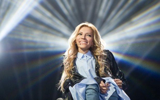Самойловой разрешили спеть в Киеве, но по телефону