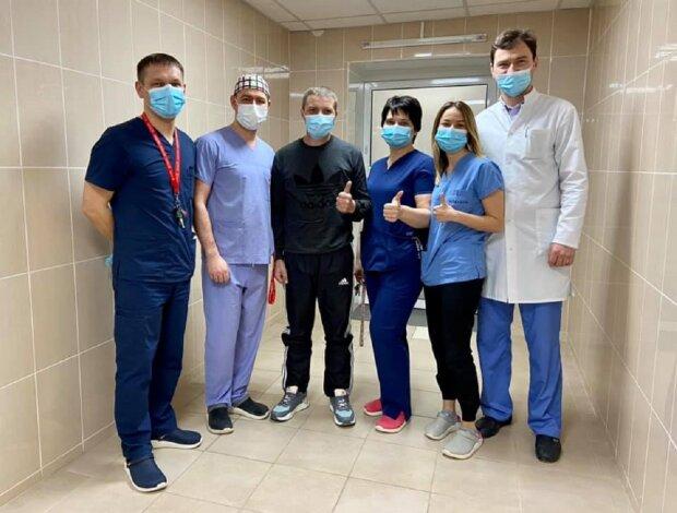 Во Львове провели сложную операцию: Facebook