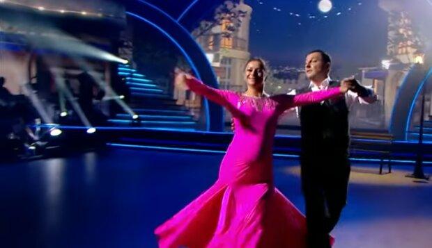 Вагітна Гвоздьова в танці, скріншот