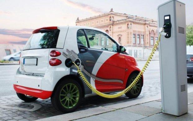 Наши в восторге: названа десятка лучших электромобилей в Украине